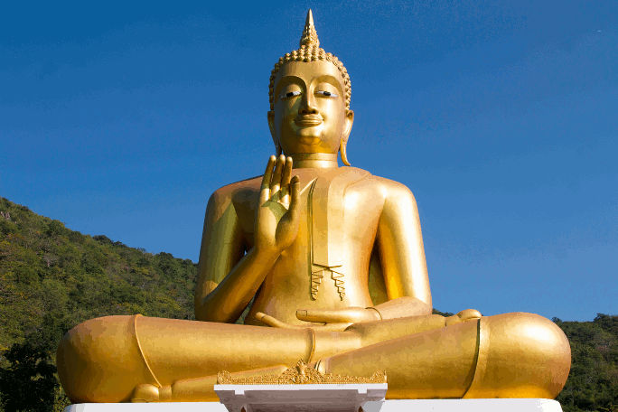 big golden statue of Buddha. Chaiaavnss, PD via pexels.com, 2015-12-10